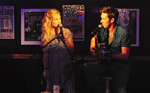 Nashville Gunnar & Scarlett