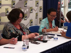 Rachel Caine and Marie Lu at SDCC 2014