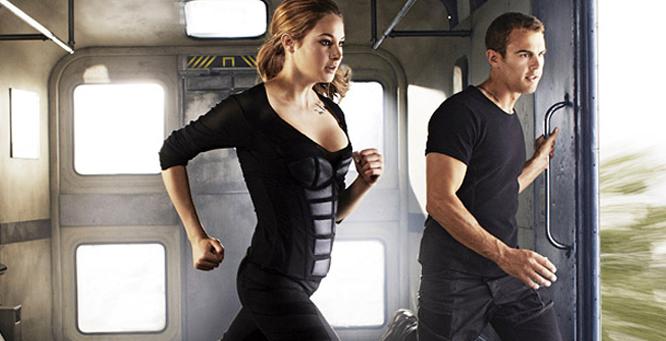 Divergent movie Shailene Woodley and Theo James ferris wheel