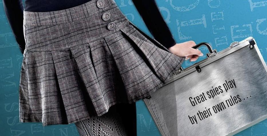 going rogue robin benway briefcase
