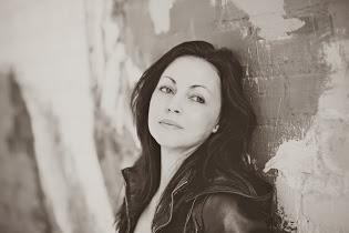 Renee Carlino author photo