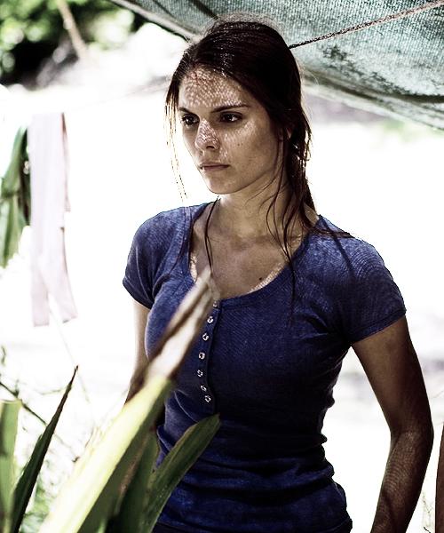 Caitlin Stasey as Ellie